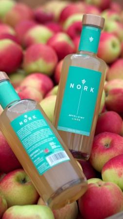 Apfel-Zimt Likör