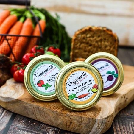 Geschenkpackung Vegannett mit 3 verschiedenen Bio-Aufstrichen