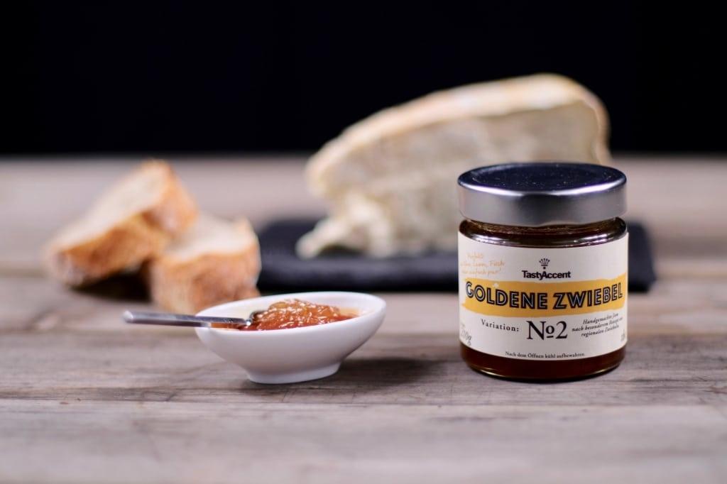 Goldene Zwiebelmarmelade von TastyAccent