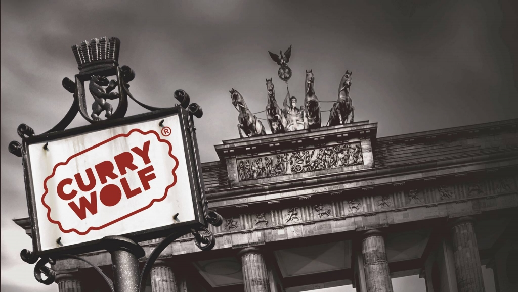 Curry Wolf Logo vor Brandenburger Tor