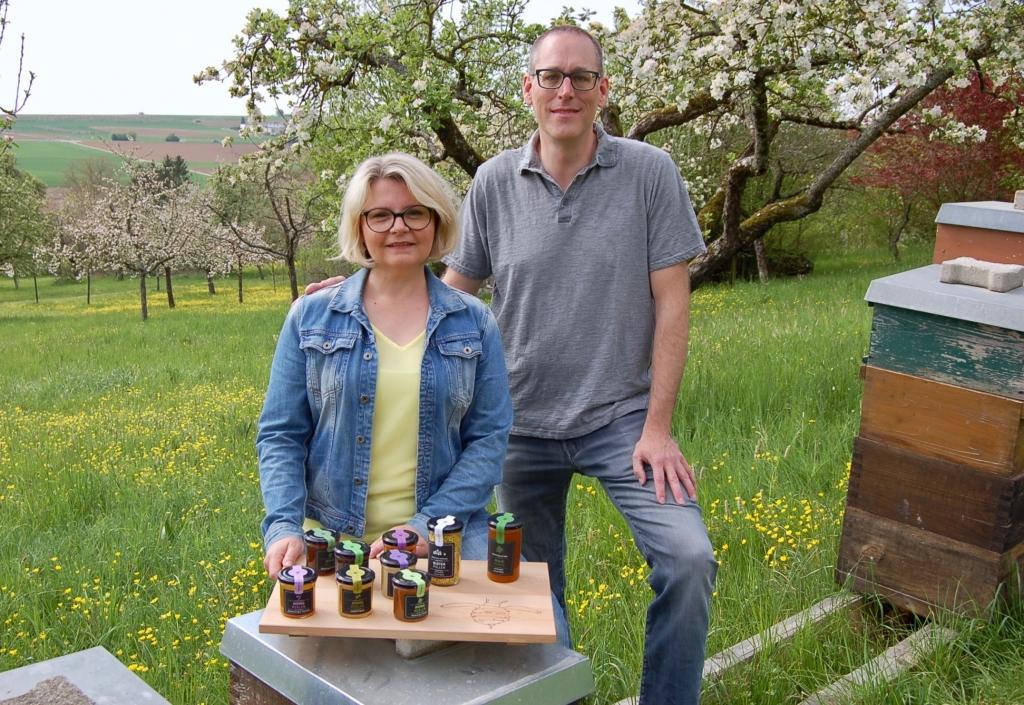 Carmen und Thomas Deckert von der Bienenmanufaktur