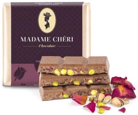 Vollmilch-Schokolade mit Rose & Pistazienkernen